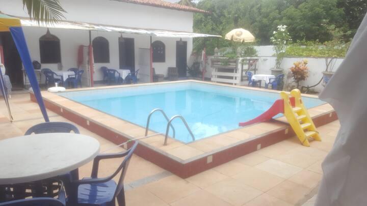 Casa acessível, praia de Piatã - Salvador - Bahia