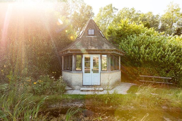 Garden refuge in style