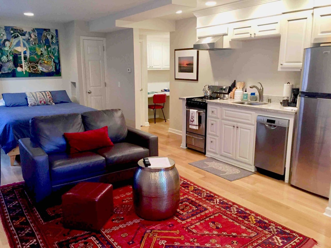 Studio G, a tranquil and private place to stay with lovely views of the garden, just a walk away from the beach and Pillar Point Harbor which offers several fine restaurants and fun activities.   Sit at the window, enjoy the garden & bird activity.