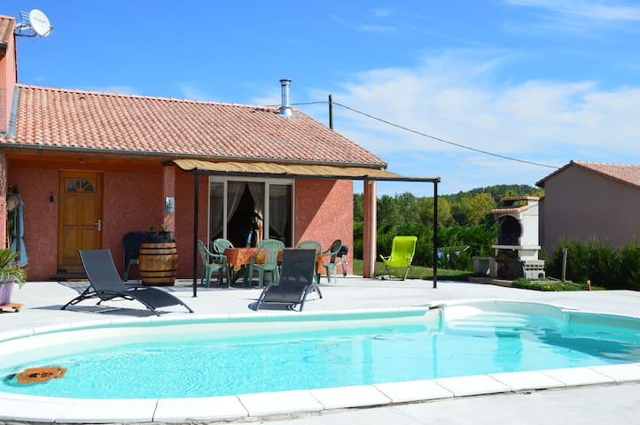 Maison au calme avec piscine - Plats