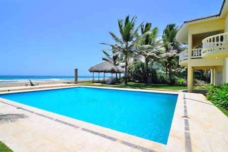 Oceanfront Villa a Spectacular View - Cabarete