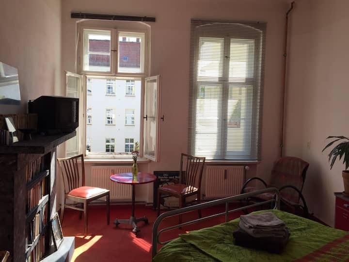 Nice quiet room in Treptow