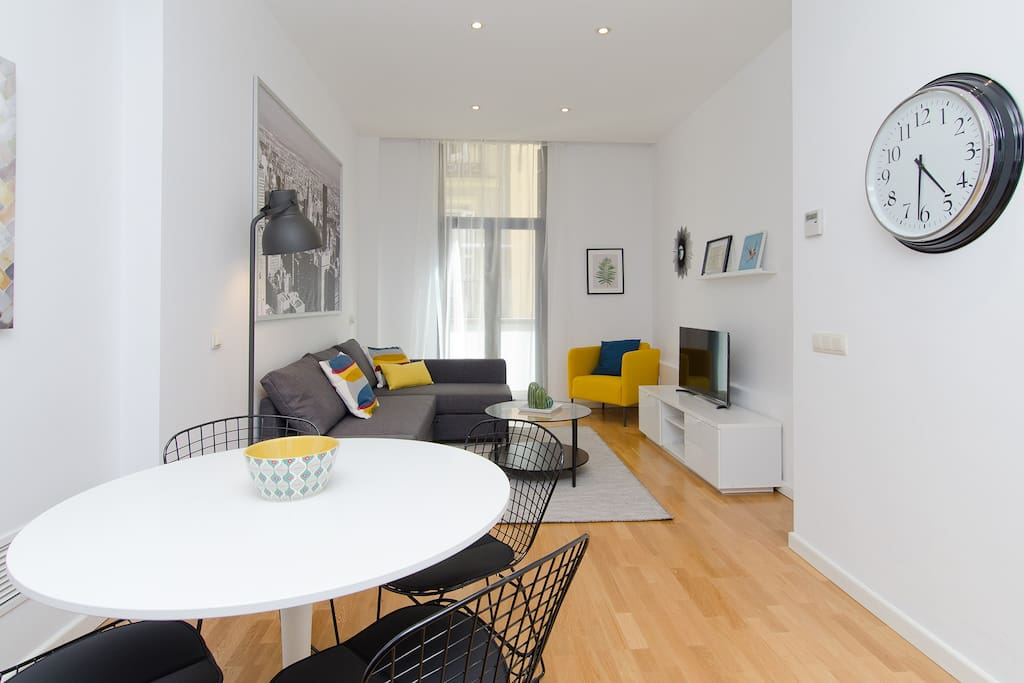 Salón comedor/Living room