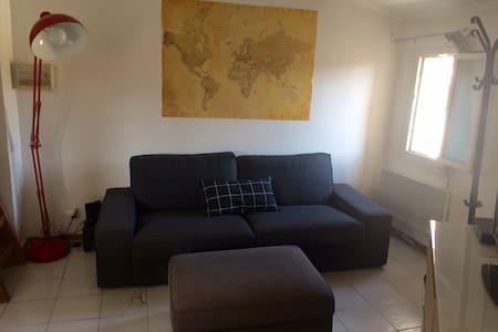 Appartement aux Milles - Byt