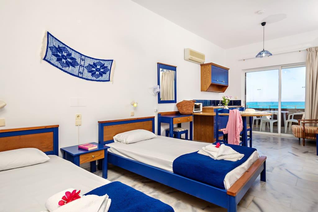 ma tzi apartments wohnungen zur miete in chania griechenland. Black Bedroom Furniture Sets. Home Design Ideas