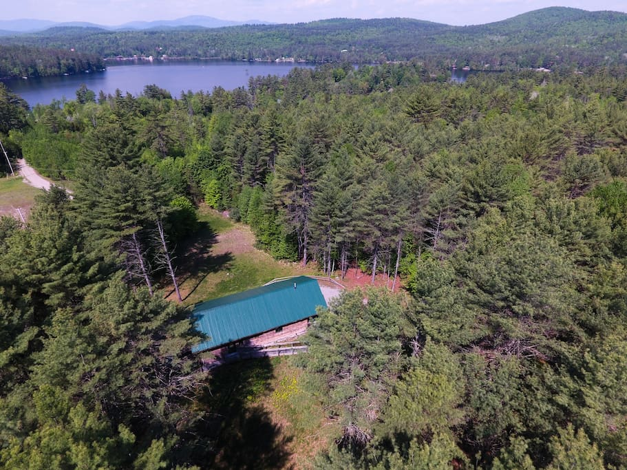 Meadow House is tucked in the woods. It's very quiet and private. The beach on Loon Lake is less than 2 minutes away.