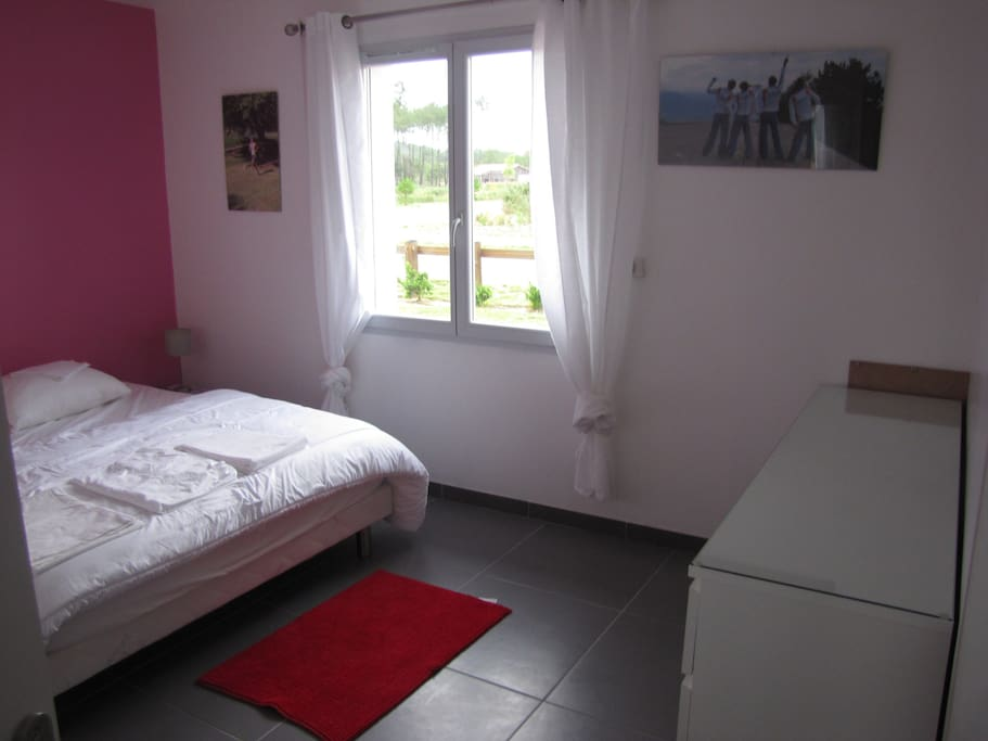 chambre1 penderie +commode