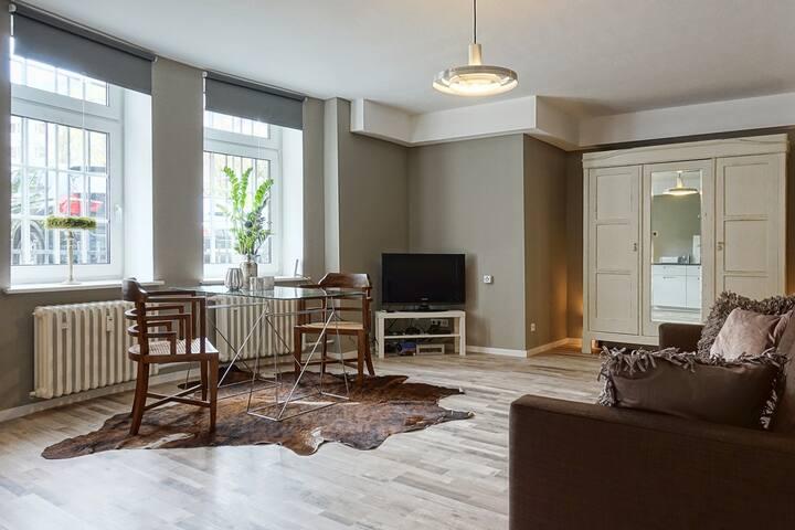 Neu eingerichtetes privates Appartement; Zentral