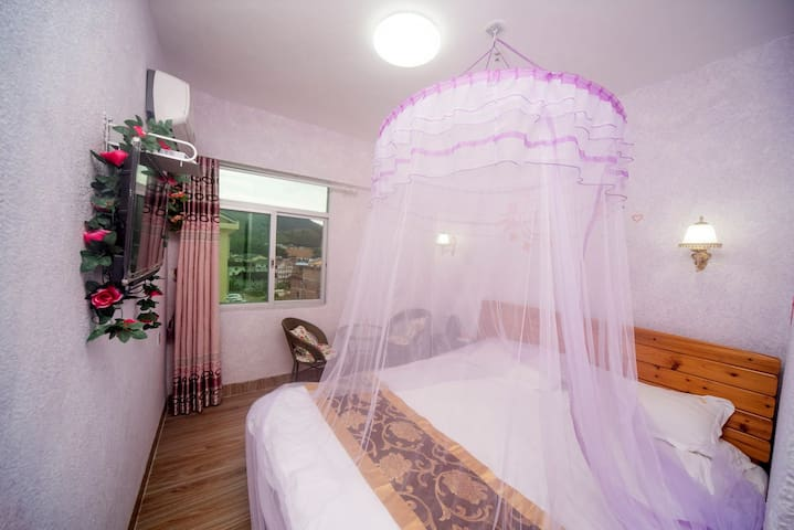 神奇土楼王国与浪漫云水谣的美丽邂逅,云水谣景区内中心点优雅高贵加大大床房