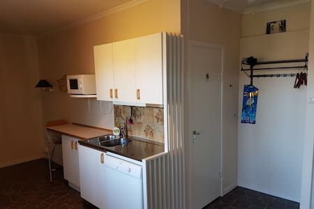 Havsnära lägenhet i centrala Slite, Gotland