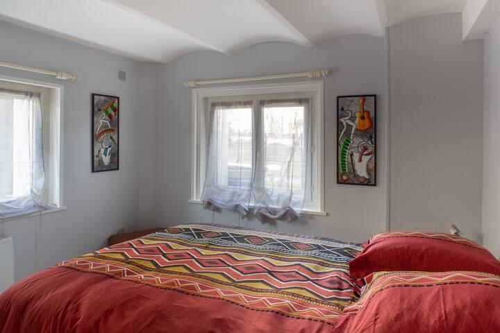 Chambre du rez de chausser 140-x190