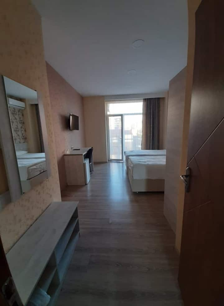 Triple room in Hotel Elio-Inn 404