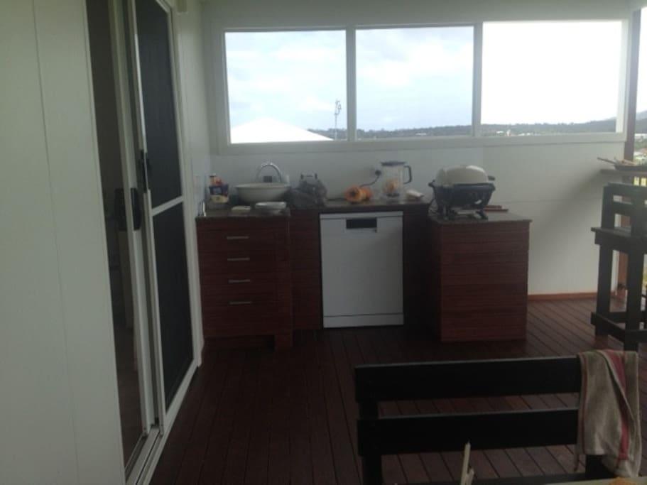 Balcony kitchen with BBQ