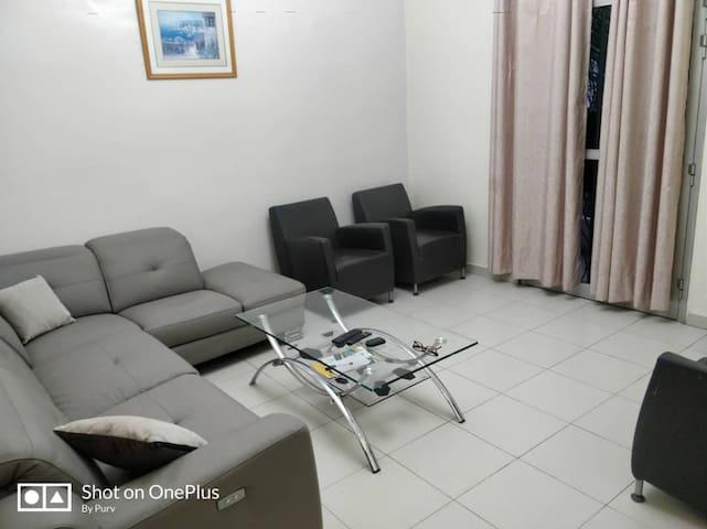 Appartement Mandarina(1er étage) VDN,Liberté 6 Ext
