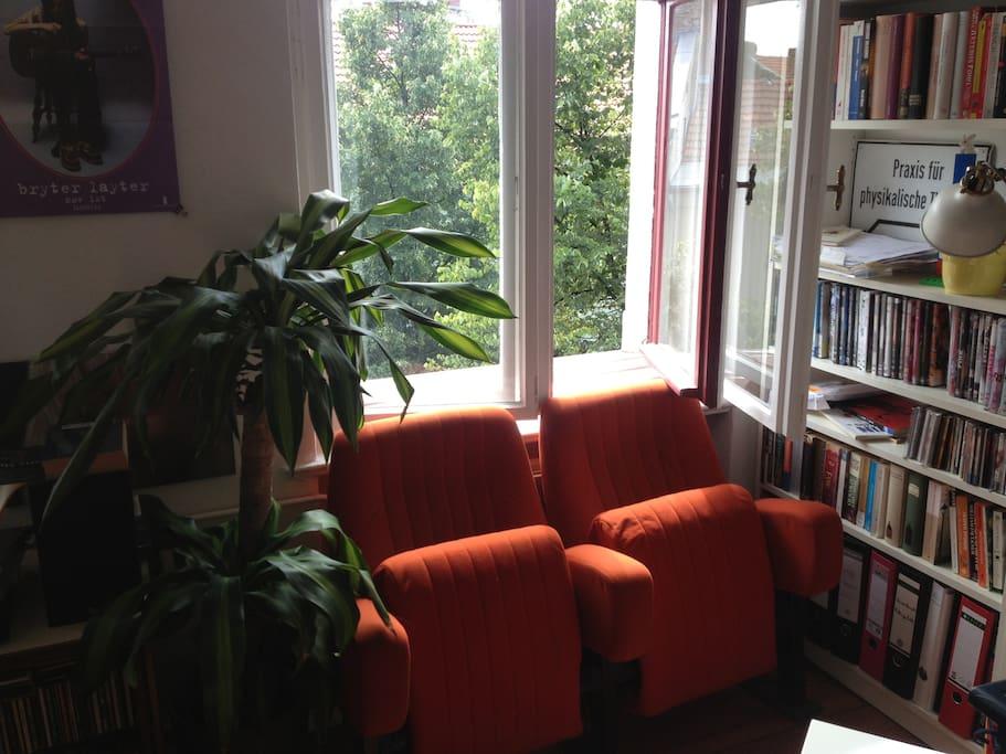 Sonnenfenster im Wohnzimmer