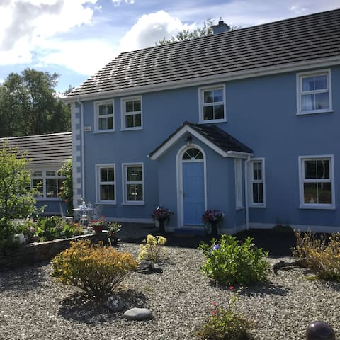 Double bedroom with ensuite - Londonderry - Bed & Breakfast
