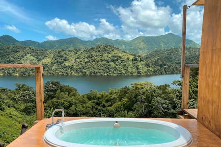 ☼Caonillas LakeView, Secluded Apt/ Outdoor bathtub
