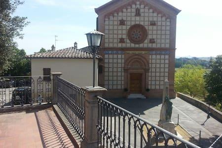 Casa in stupendo paesino medievale - Castiglione della Valle - Apartmen