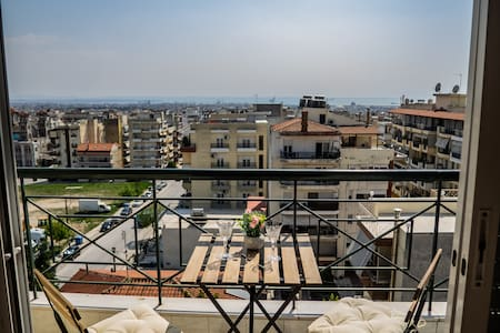 Thessaloniki Vibes ! 6TH FLOOR ! Amazing view.