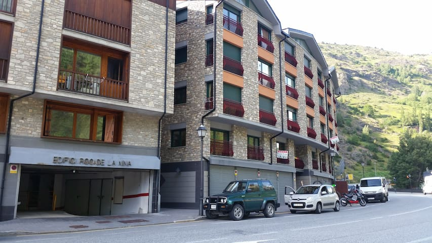 Cozy 3 bedroom apartment in Canillo - Canillo - Apartment