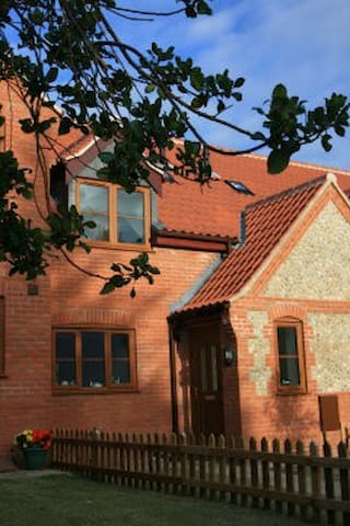 Kia Ora House Holiday Cottage - Mundesley