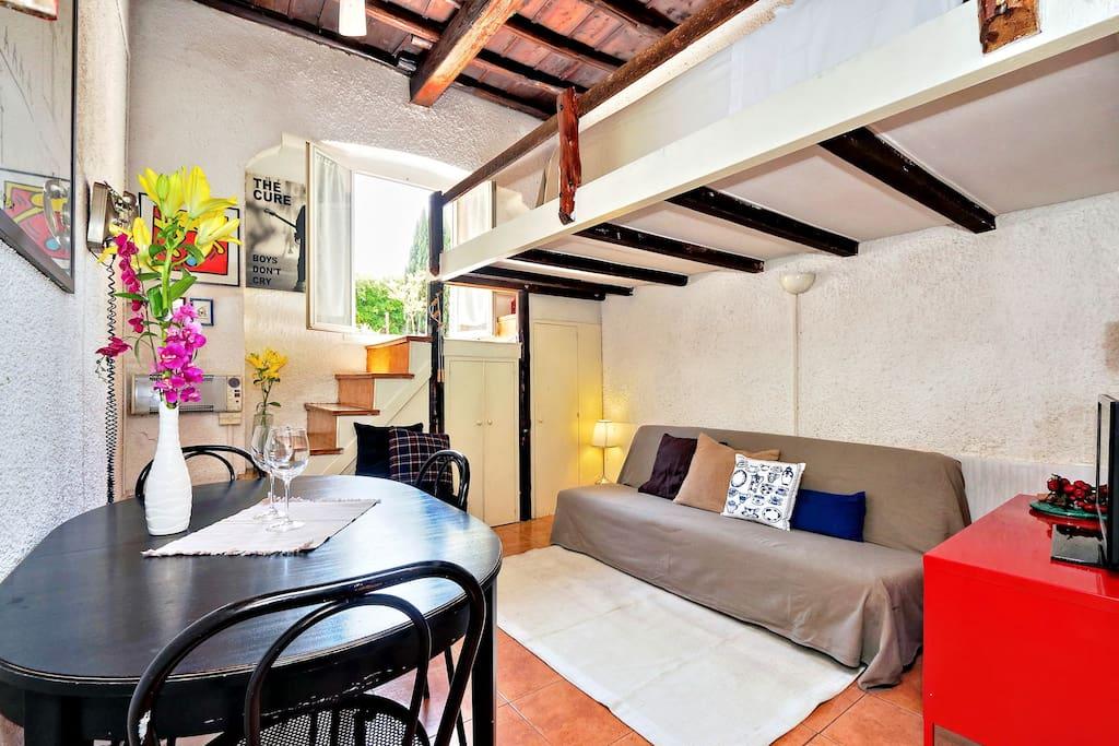Pretty flat in trastevere appartamenti in affitto a roma for Affitto uffici roma trastevere