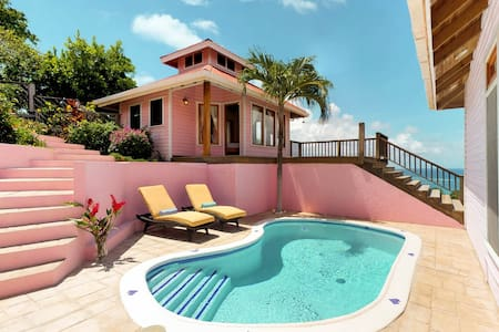 Oceanview villa with private pool, incredible views, secluded location