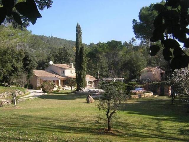 MAISON DE CHARME A BRIGNOLES - Brignoles - House