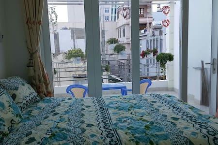 Private room near the beach - Ház