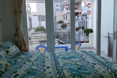 Private room near the beach