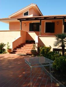 Appartamento in Villa Capo Vaticano - Gurdurello