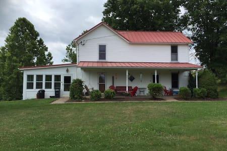 Sweet Brisby Farm - Washington - Ház