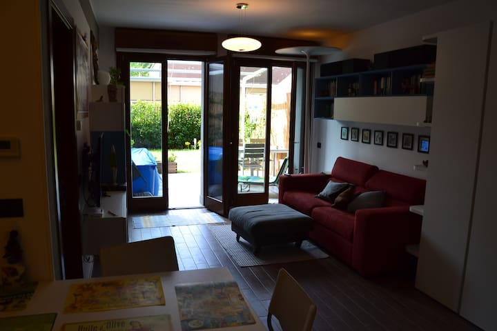 Rocco - Lovely and charming Flat - Caronno Pertusella - Wohnung