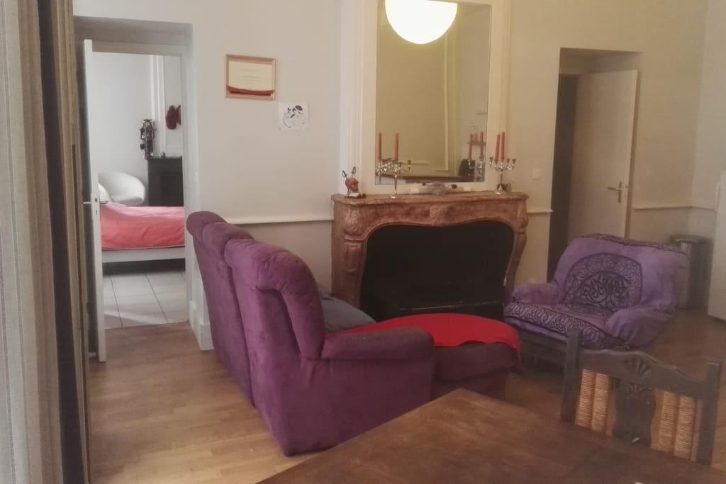 Aki Policy Large Appartement En Plein Centre Ville Pour Vivre Lyon