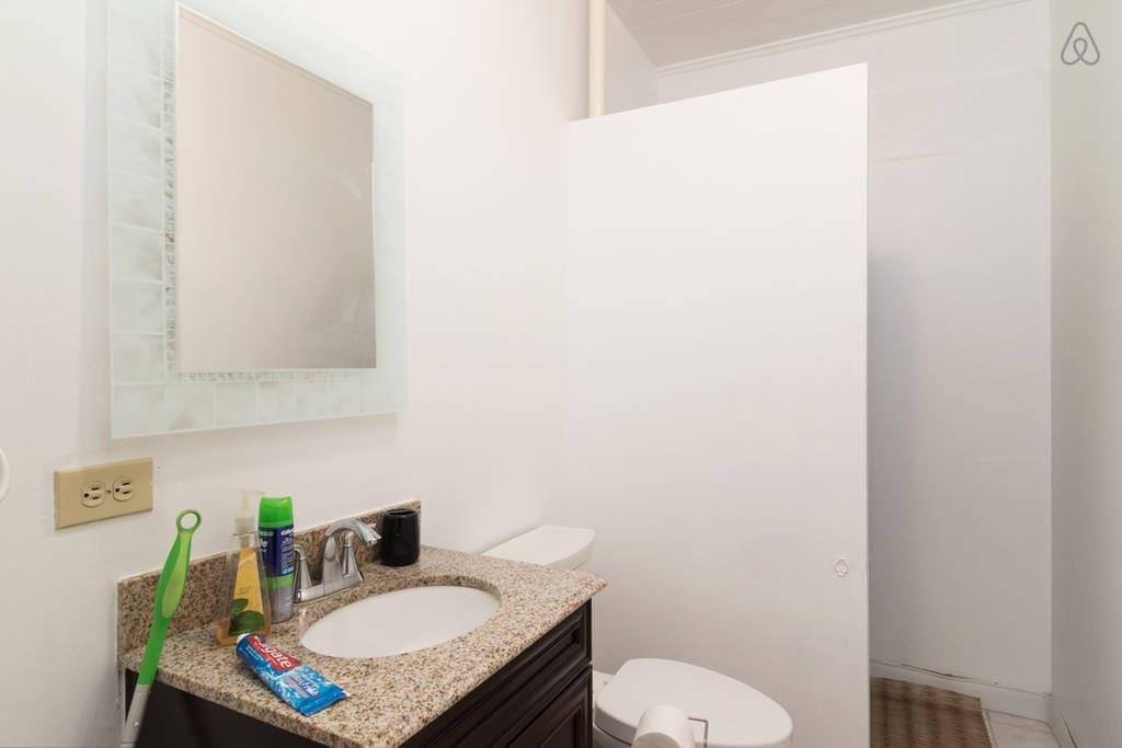 Honolulu Hostels Private Rooms