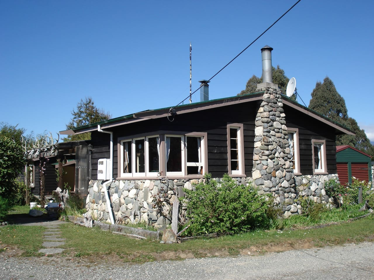 Welcome Home Cottage, Manapouri