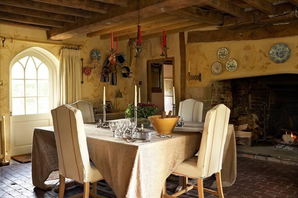 Dining room. Seats 12-14