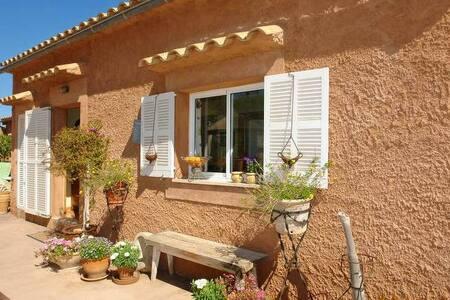 A charming Finca to 6 Persons - Cas Concos des Cavaller - บ้าน