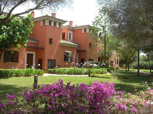 5 star top location Villa in Marriott's Golf Club