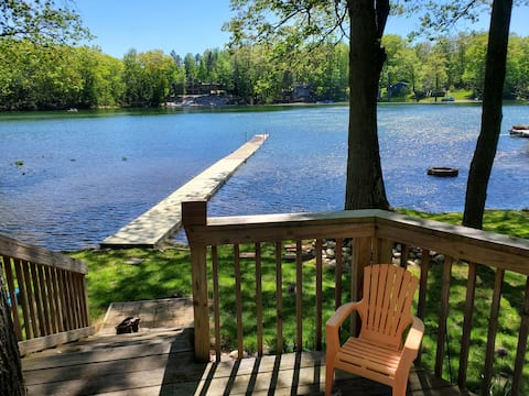 Quiet freshly renovated two bedroom lake house