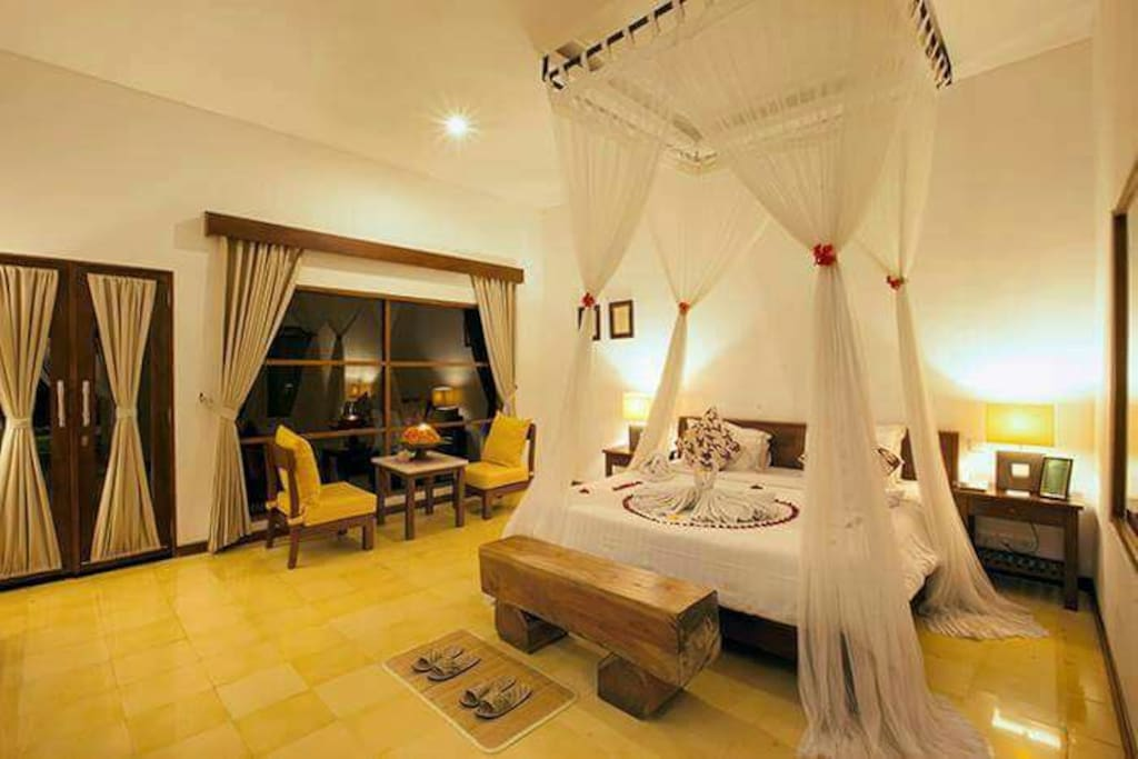 Bed Room and Honeymooner Decoration