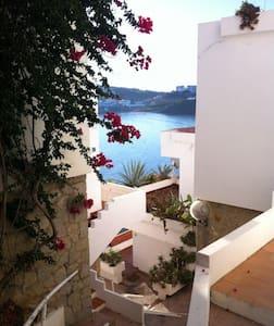 Apartamento con acceso directo a la playa - Es Mercadal