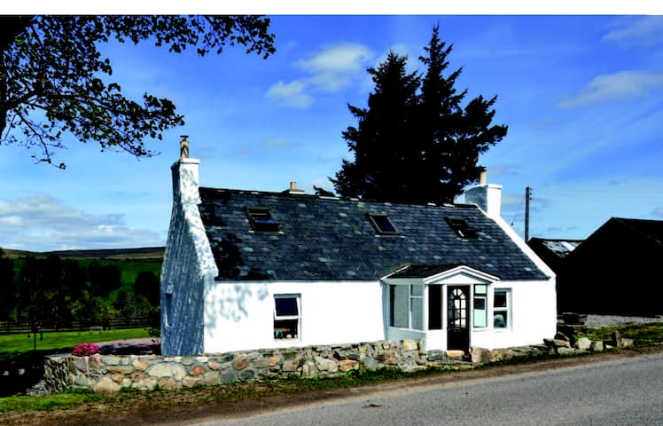 Holiday Cottage in Speyside - Glenlivet - Dom