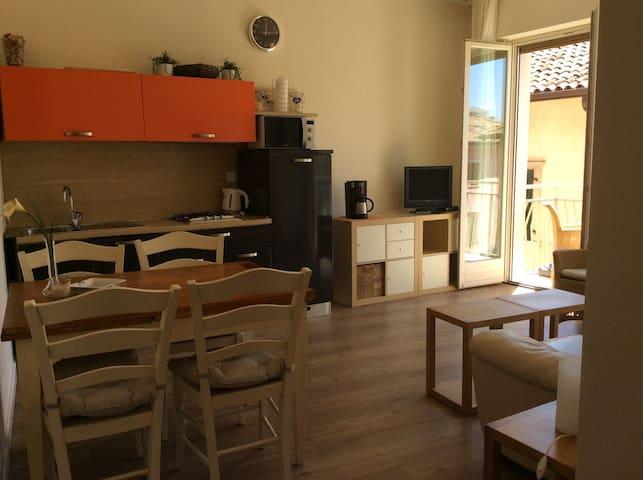 Appartamento  nel centro del paese - Torri del Benaco - Appartement