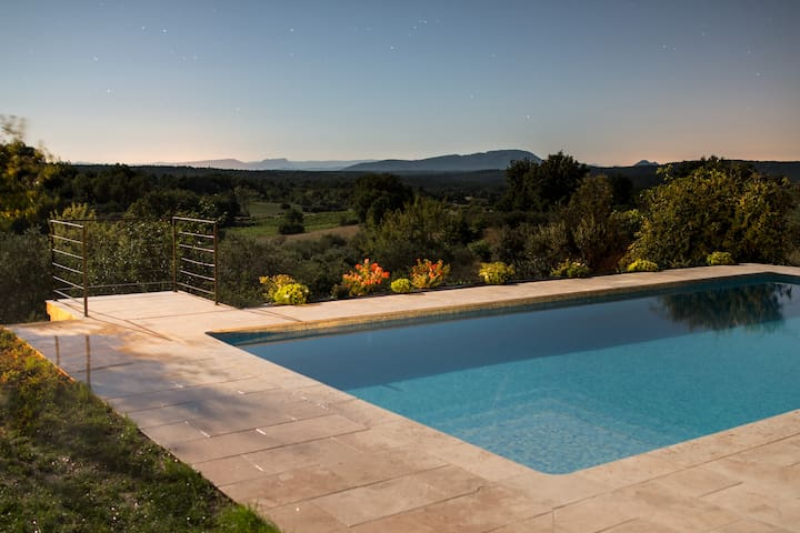 Charming farmhouse in Provence - Aups - Hus
