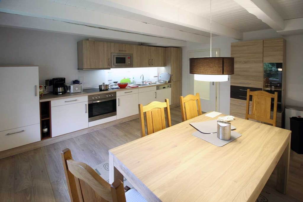 Großzügig Kochen und Essen auf 18 m²