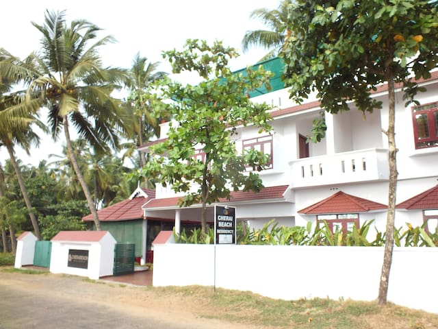 Serviced Villa Accredited by Govt. Dept.of Tourism - Ernakulam - Bed & Breakfast