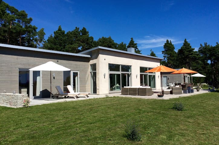 Dream architecture home on Gotland! - Gotland - Villa
