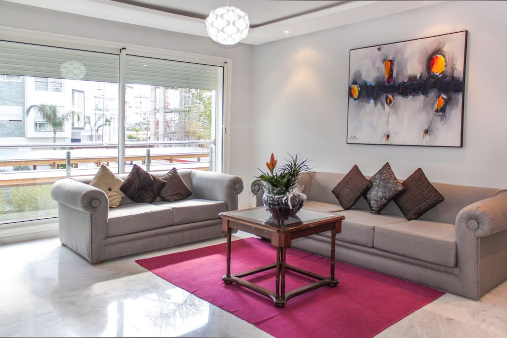 Hay riad business district 2br flat appartements louer for Mobilia hay riad rabat