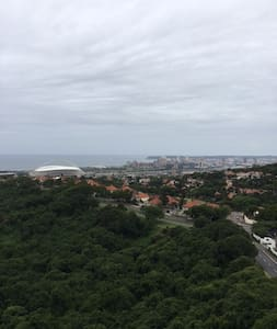 Panoramic views of the city from your bedroom - Durban